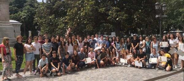 Los alumnos del IES Domingo Miral que ganaron el concurso sobre Goya visitan el Museo del Prado