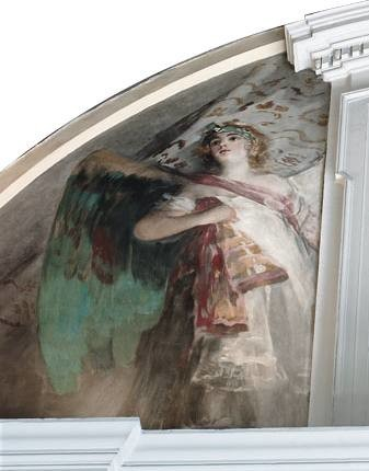 Angel located in the right-hand section of the south-eastern lunette of the transept